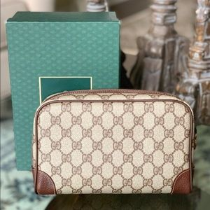Gucci Bags - Authentic Vintage Gucci Clutch with box